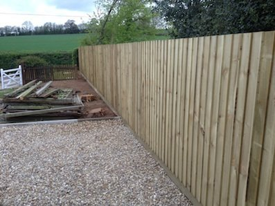 New+feather+edged+fencing+in+devon+04+07+2015