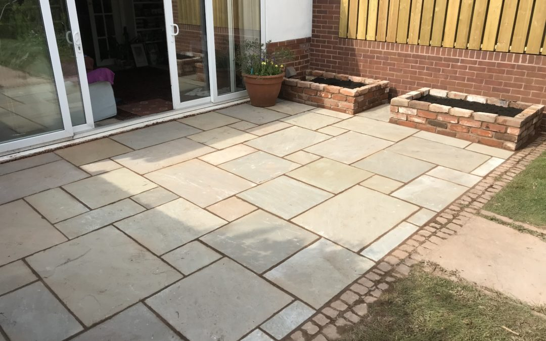 New Patio and Planters – Countess Wear, Exeter